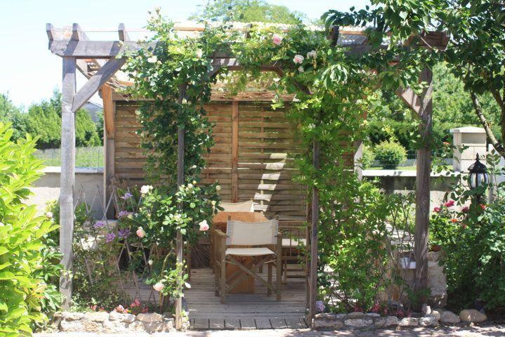 Belle maison doloise for Jardin fleuri maison